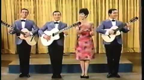"""Los Tres Con Ella en """"El Blanco"""" de Disney Supercalifragilisticoespialidoso"""