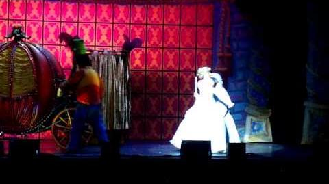 3 La magia de Mickey Mouse Cenicienta en el Teatro Buenos Aires 2009