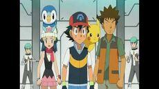 Cyrus le revela a Ash, Dawn y Brock que el es el Lider y fundador del Equipo Galactico