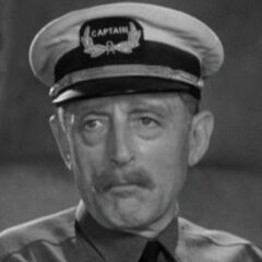 Capitán Englehorn (Frank Reicher) en <a href=