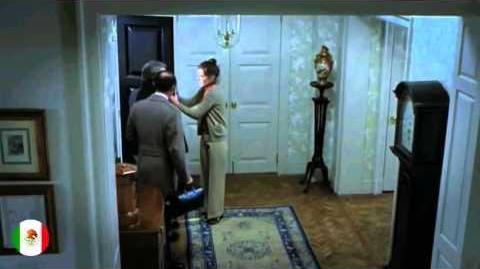 El Exorcista - Escena Posesión (Audio Latino) (Redoblaje 1998) (Colores Originales) (1973)
