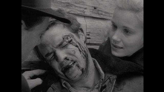 On the waterfront (1954) Terry se enfrenta a Friendly (Español Latino)