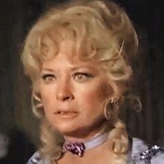 Maude Wendell (Lois Nettleton) en <a href=