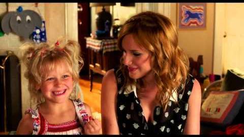 LUNA DE MIEL EN FAMILIA - Para Toda La Familia - Oficial de Warner Bros