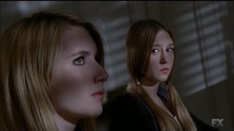 American Horror Story ''Coven'' - Fiona y los detectives