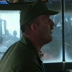 Conductor del autobús del ejército en <a href=