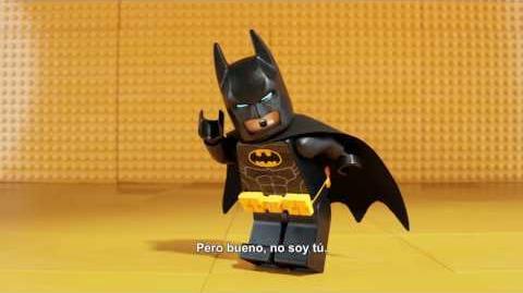 """LEGO BATMAN- LA PELÍCULA - Lado Oscuro intro 30"""" - Oficial Warner Bros"""
