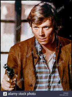 Prod-db-copercines-devon-film-dr-tu-seras-la-proie-des-vautours-onu-dolar-de-recompensa-de-rafael-romera-marchent-1973-ita-esp-avec-peter-lee-lawrence-revolver-pp2w3n