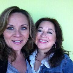 Maggie Vera y Elsa Covián (Rarity). (01/04)