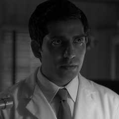 Chandra Suresh (joven) en <a href=
