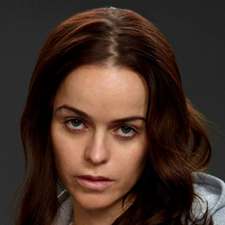 Tiffany Doggett en <a href=