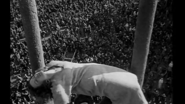 El jorobado de Notre Dame (1939) ¡Asilo! (Español Latino)
