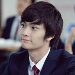 Woo Hyun Woo en <a href=