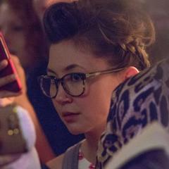 Liv Kurosawa (Kimiko Glenn) en <a href=