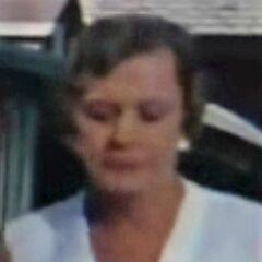 Tía Vee-Valeria (Norma Connolly) en <a href=