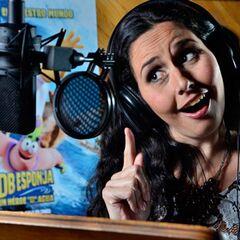 Melanie Henríquez como Karen.