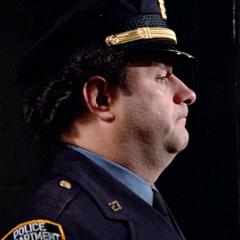 Sargento de policía en <a href=