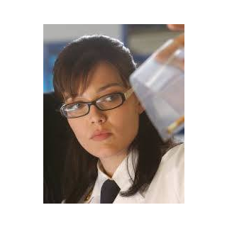 Dra Katia Martelli (Pilar Abella, 1ra Voz) en la temporada italiana de <a href=