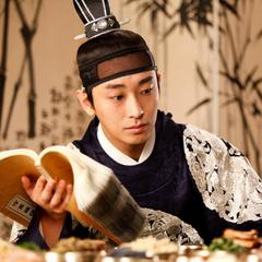 Príncipe Choon Yeong y Deok-Chill en la película coreana <a href=
