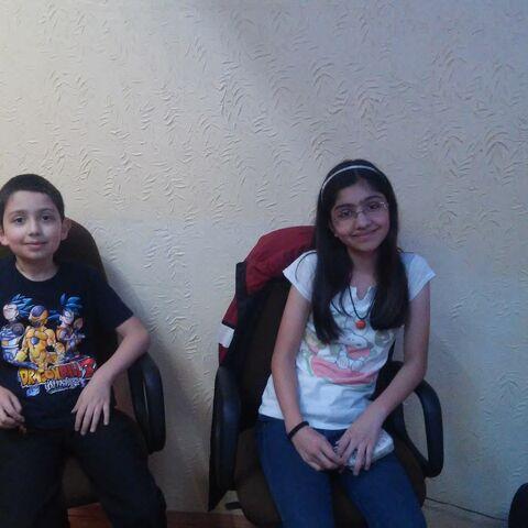 Armando y Liliana Corona Ibarrola esperando para grabar