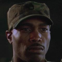 Sargento Morrow en el redoblaje de <a href=
