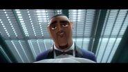 Espías a Escondidas Tercer Trailer Doblado Próximamente - Solo en cines
