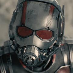 Scott Lang/Ant Man en <a href=