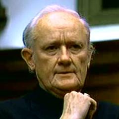 Arzobispo Michael en el redoblaje de <a href=