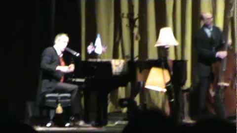 Salvador Delgado - Hugh Laurie