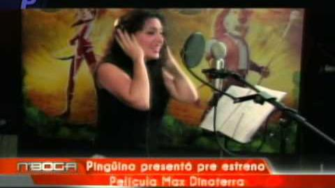 Pingüino presento pre estreno Pelicula Max Dinoterra