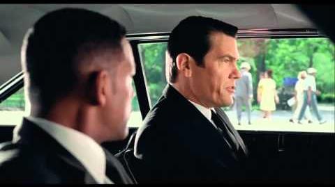 Hombres de Negro 3 (Men In Black 3) - Trailer Oficial Español Latino (HD)