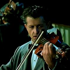 El director y violinista Wallace Hartley en <a href=