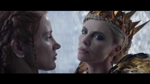 El Cazador y La Reina del Hielo Vídeo Clip - Freya decide ejecutar a Eric y a Sara (Latino)