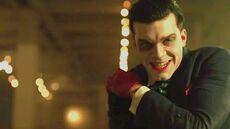 Gotham 4x22 Jeremiah gana y convierte Gotham en una Tierra de Nadie y muere Ra's Al Gul