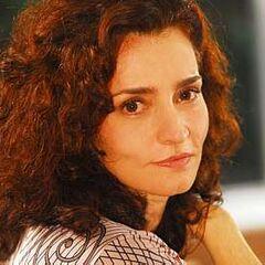 Desde 2005 es la voz habitual de la actriz brasileña <a href=
