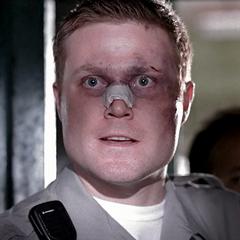 Oficial Smith en <a href=