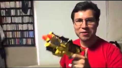 Edson Matus Dino Charge Ranger Rojo