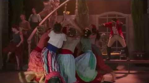 La Nueva Cenicienta Si el Zapato te Queda - Reed canta la canción del título (Español Latino)