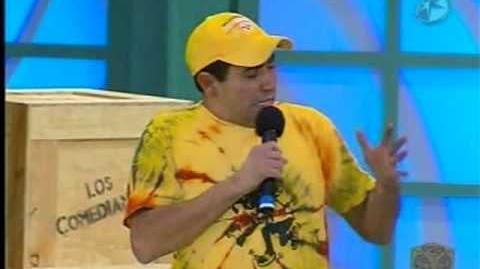 Ricardo Mendoza en su faceta como comediante