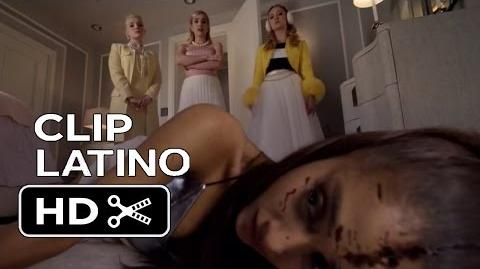 Scream Queens - Clip Doblado Español Latino 'Escondiendo el cuerpo' 1x02 (2015) Emma Roberts HD