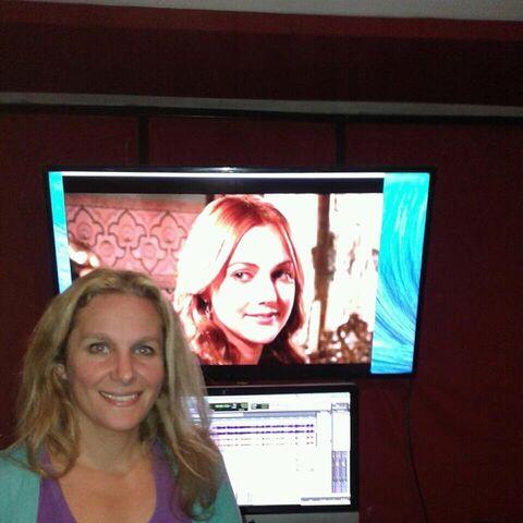 Noelia Socolovsky grabando a Hurreim en estudio Polaco
