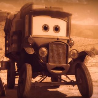 Auto radiador viajero en el cortometraje de <i>Mate Viaja en el Tiempo</i> de <a href=