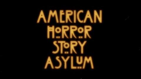 Historia de terror americana Asilo (Intro) Muestra de Doblaje