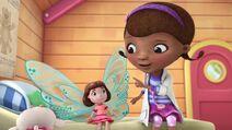 Frida Fairy Flies Again Pic 011