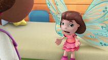Frida Fairy Flies Again Pic 005