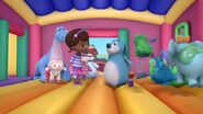 Doc-mcstuffins-season-4-episode-11-bouncy-house-boo-boos-the-best-therapy-pet-ye