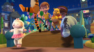 Winnie the pooh sings i feel better 2