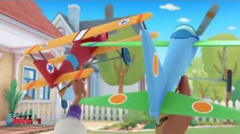 """The Glider Brothers"" Song Doc McStuffins Disney Junior UK"