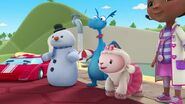 Doc-mcstuffins-season-4-episode-13-chuck-learns-to-look-birthday-party-emergency