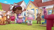 Doc-mcstuffins-season-3-episode-25-lambie-gets-the-linties-moo-moos-tutu-boo-boo